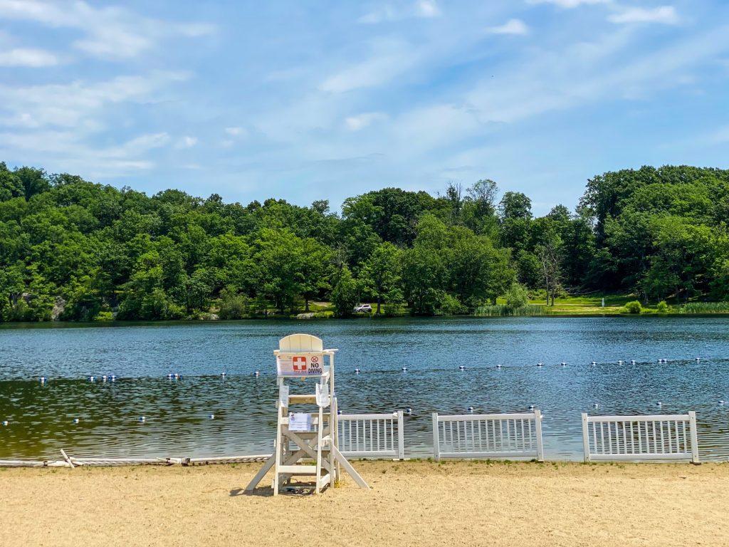 Cook's Pond in Denville NJ - DenvilleGuide.com